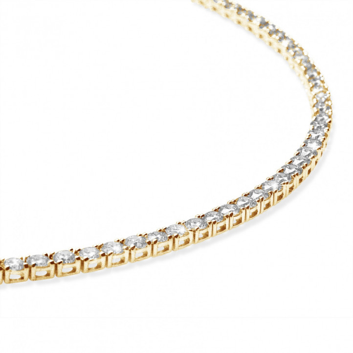 14.60 carat diamond river necklace in yellow gold