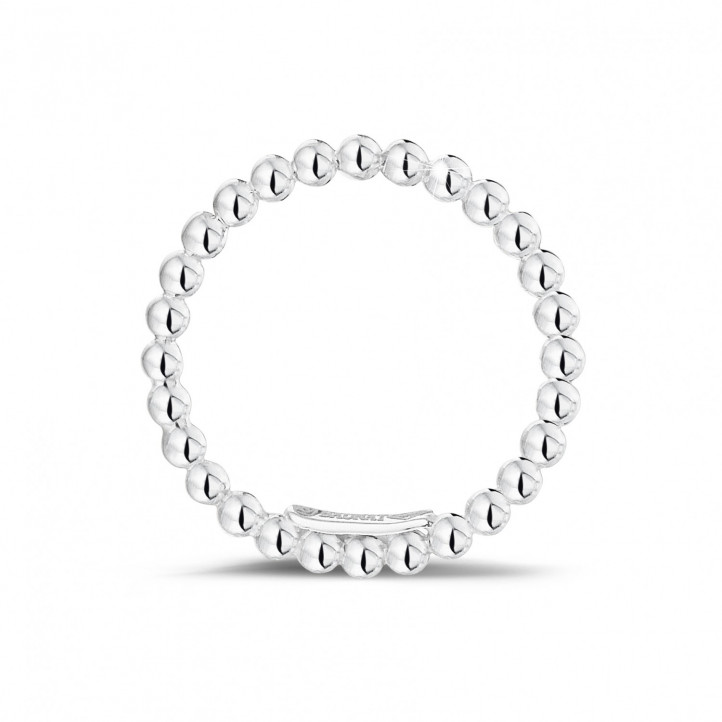 Stackable beaded ring in white gold