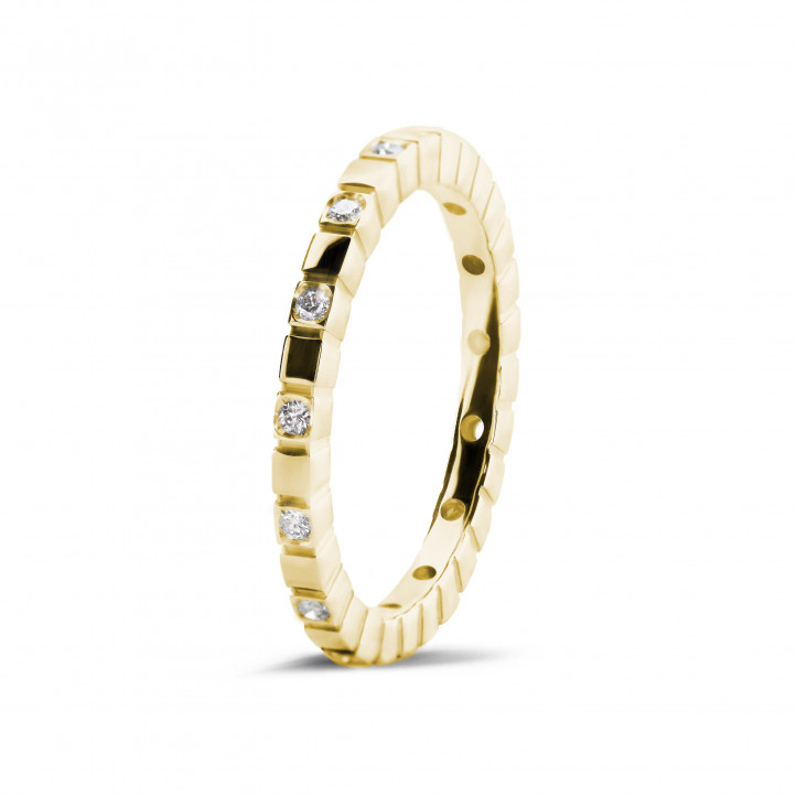 0.07 carat diamond stackable chequered ring in yellow gold