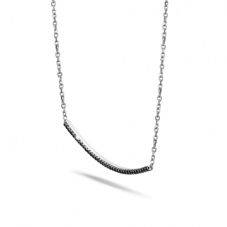 0.30 carat fine necklace in white gold with black diamonds