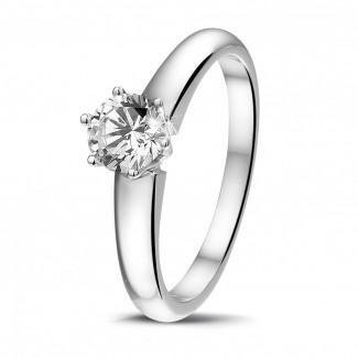- 0.50 carat solitaire diamond ring in white gold with six prongs