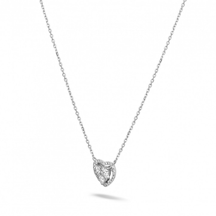 0.65 carat heart-shaped necklace in white gold with round diamonds