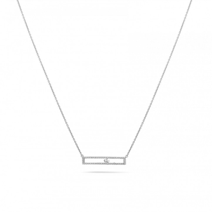 0.30 carat necklace in white gold with a floating round diamond