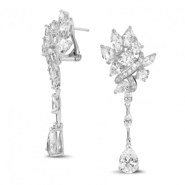 12.80 Ct earrings in white gold with round, marquise and pear-shaped diamonds