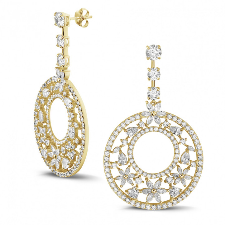 12.00 Ct earrings in yellow gold with round, marquise, pear and heart-shaped diamonds