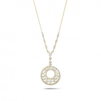 8.00 Ct necklace in yellow gold with round, marquise, pear and heart-shaped diamonds