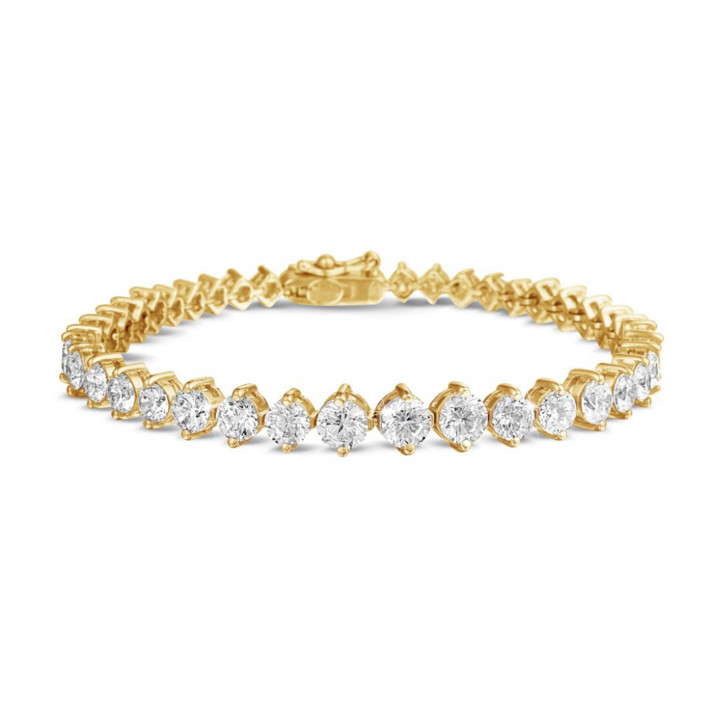 8.75 carat diamond gradient bracelet in yellow gold