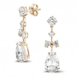 Earrings - 7.80 carat earrings in red gold with round and pear-shaped diamonds