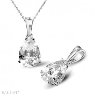 3.00 carat white golden solitaire pendant with pear shaped diamond of exceptional quality (D-IF-EX)