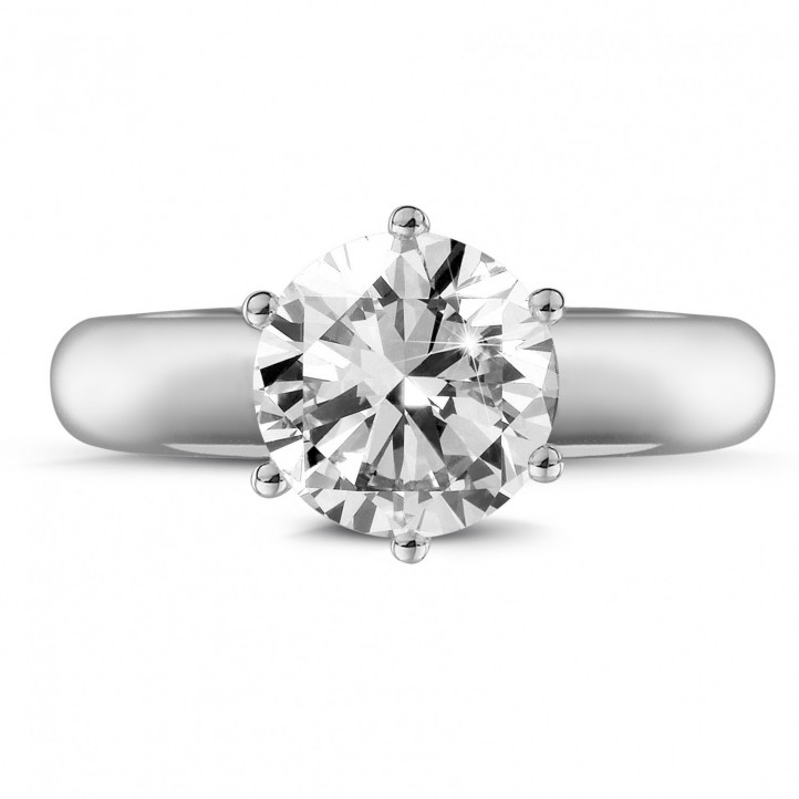 2.00 carat solitaire ring in white gold with six prongs and diamond of exceptional quality (D-IF-EX)