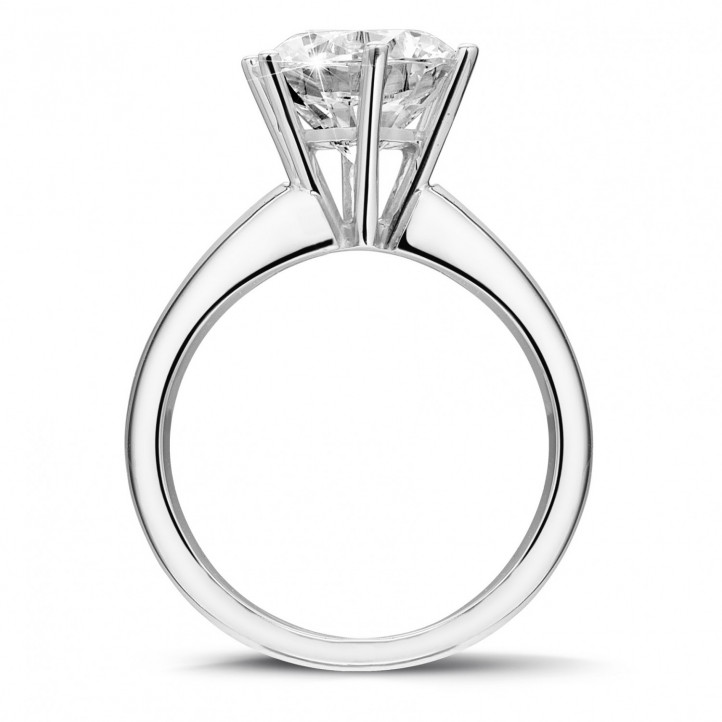 3.00 carat solitaire ring in white gold with six prongs with diamond of exceptional quality (D-IF-EX)