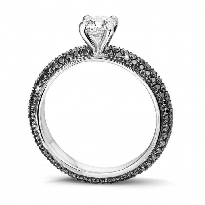 0.50 carat solitaire ring (full set) in white gold with black diamonds