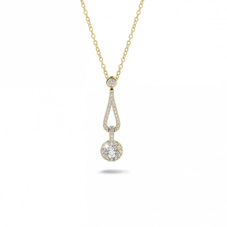 0.45 carat diamond necklace in yellow gold