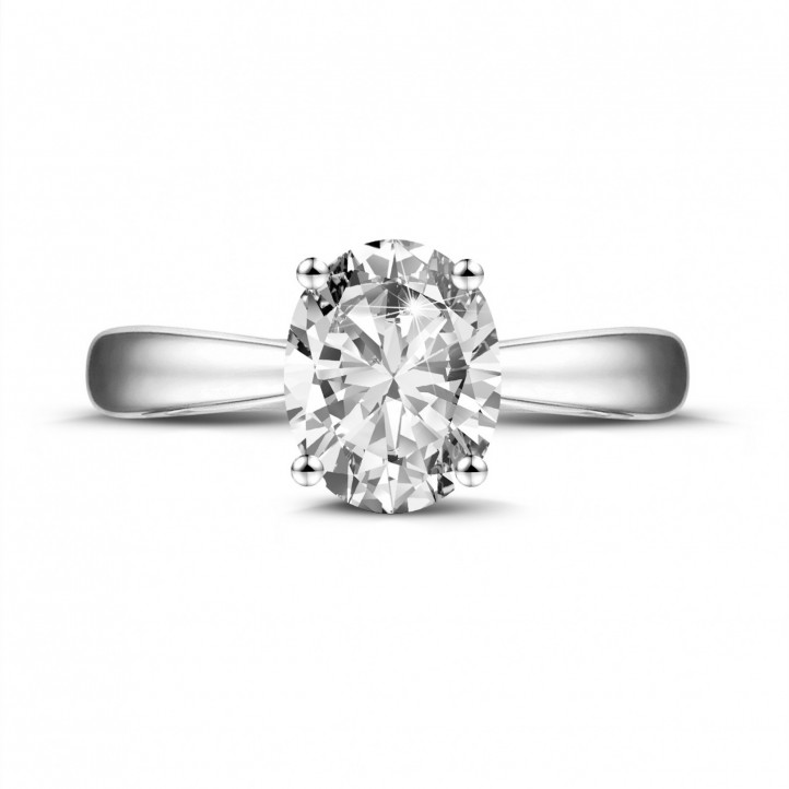 1.90 carat solitaire ring in platinum with oval diamond