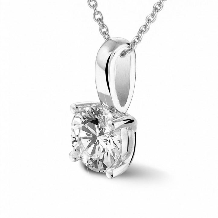 0.50 carat solitaire pendant in platinum with round diamond and four prongs
