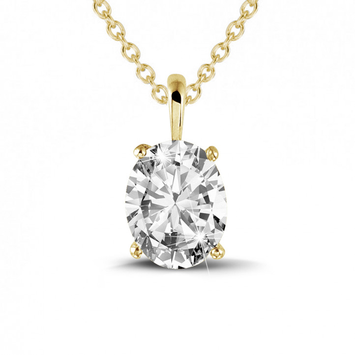 1.90 carat solitaire pendant in yellow gold with oval diamond