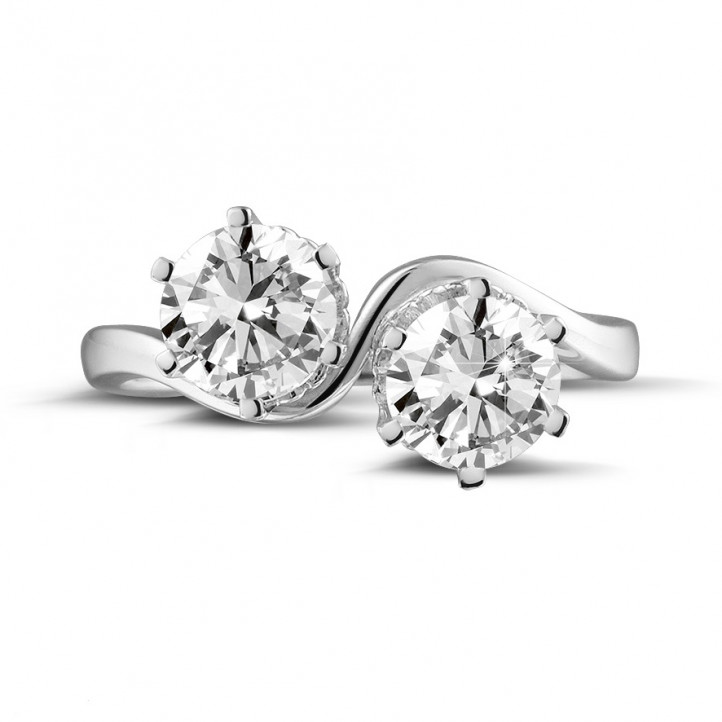 1.50 carat diamond Toi et Moi ring in white gold