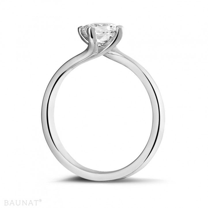 0.70 carat solitaire ring in white gold with princess diamond