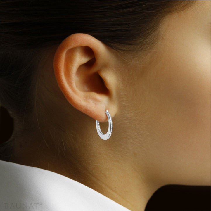 0.22 carat creole earrings with diamonds in white gold