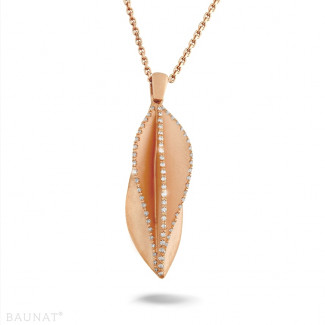 Red Gold - 0.40 carat diamond design pendant in red gold