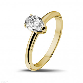 1.00 carat solitaire ring in yellow gold with pear shaped diamond
