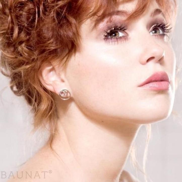 0.84 carat diamond design earrings in white gold