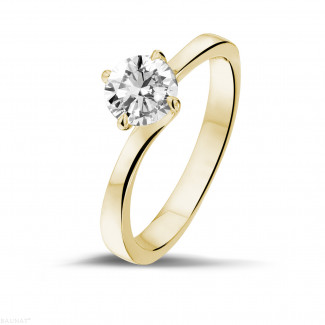 Engagement - 0.70 carat solitaire diamond ring in yellow gold