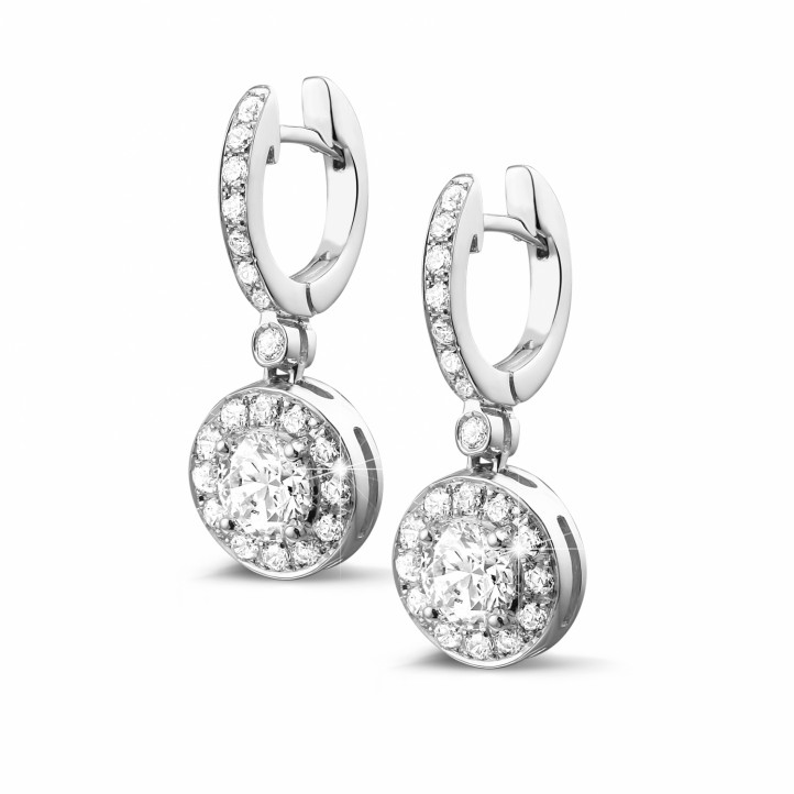 1.55 quilates pendientes diamantes halo en oro blanco