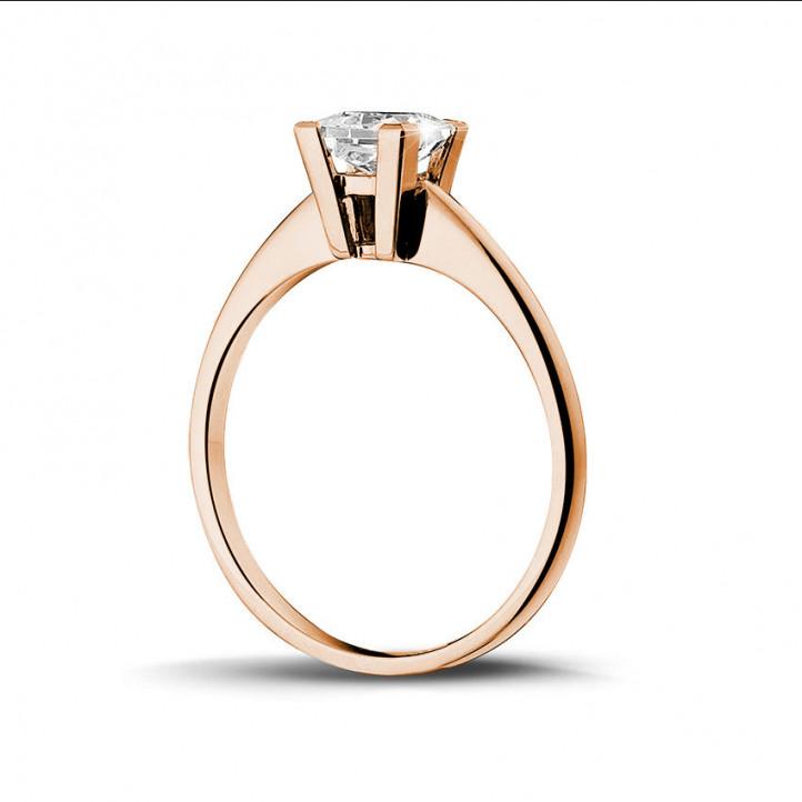 1.00 quilates anillo solitario en oro rojo con diamante talla princesa