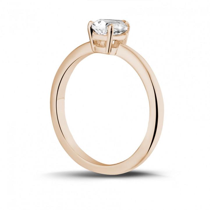 1.00 quilates anillo solitario en oro rojo con diamante en forma de pera