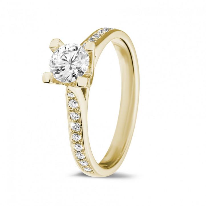 d31a1b8467b 0.50 quilates anillo solitario diamante en oro amarillo con diamantes en  los lados