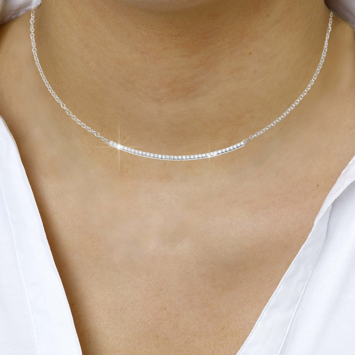 0.30 quilates gargantilla fina diamante en oro blanco