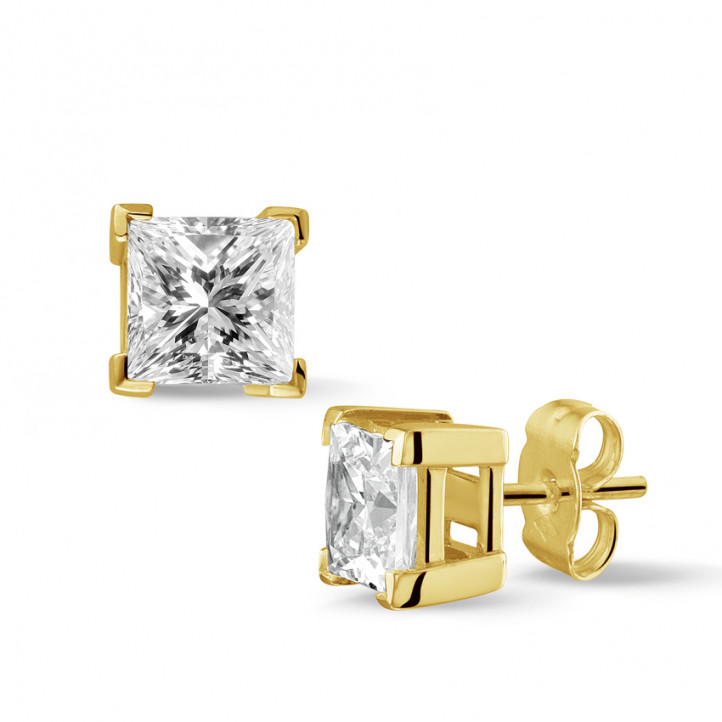 2.50 quilates pendientes diamantes talla princesa en oro amarillo