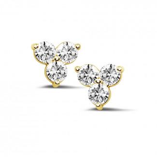 1.20 quilates pendientes diamantes trilogía en oro amarillo