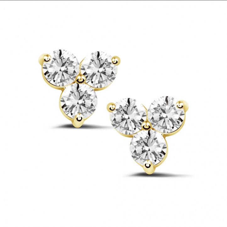 2.00 quilates pendientes diamantes trilogía en oro amarillo