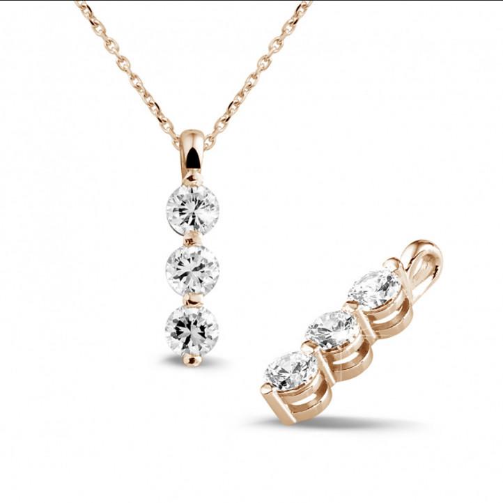 1.00 quilates trilogía colgante diamante en oro rojo