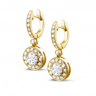 1.55 quilates pendientes diamantes halo en oro amarillo