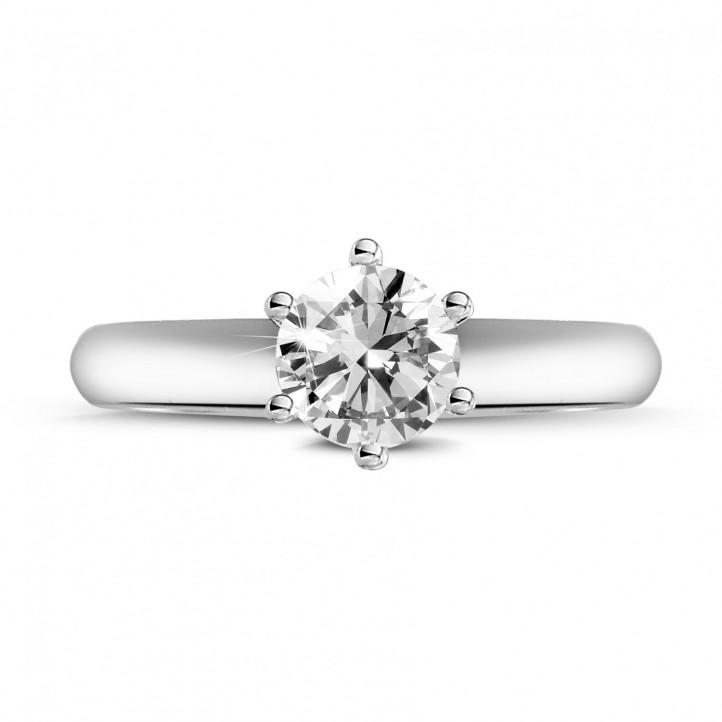 0.70 quilates anillo solitario diamante con 6 uñas en oro blanco