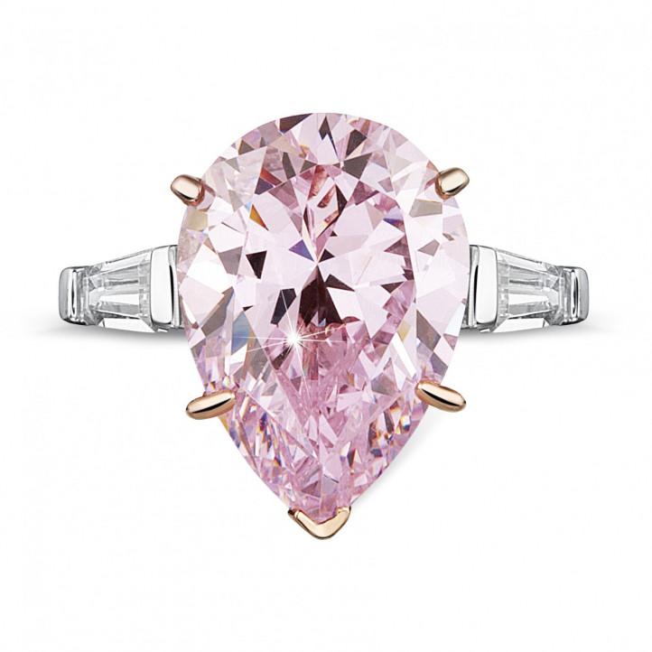 79ff26587133 Anillo en oro blanco con un diamante  rosa intenso fantasía  en forma de  pera