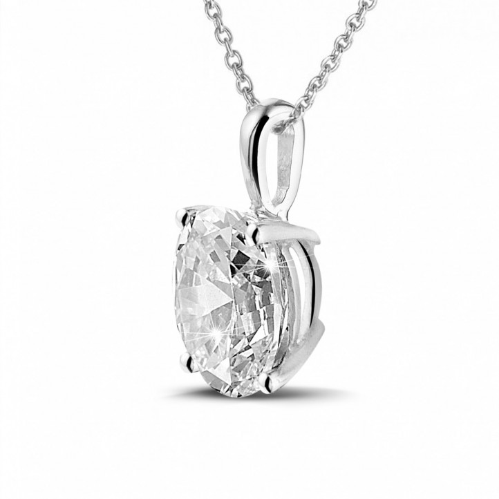 1.90 quilates colgante solitario en oro blanco con diamante ovalado