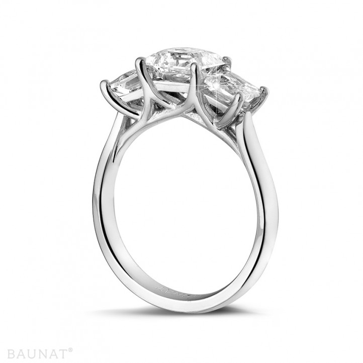 2.00 quilates anillo trilogía en oro blanco con diamantes talla princesa