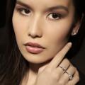 0.70 quilates anillo trilogía en platino con diamantes talla princesa