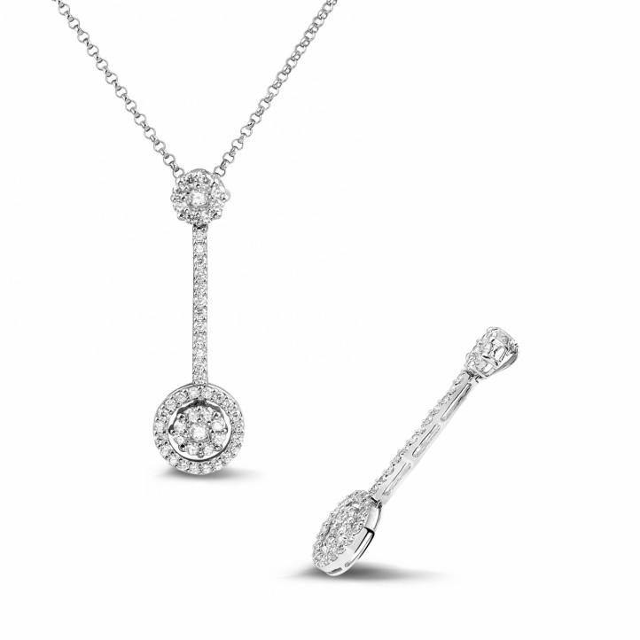 0.90 carat pendentif auréole en or blanc et diamants