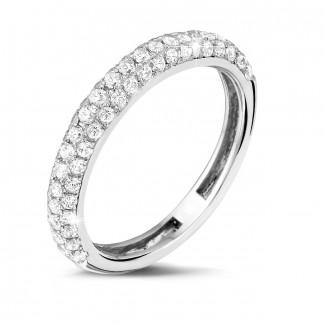 Alliance diamant en or blanc - 0.65 carat alliance (demi-tour) en or blanc et diamants