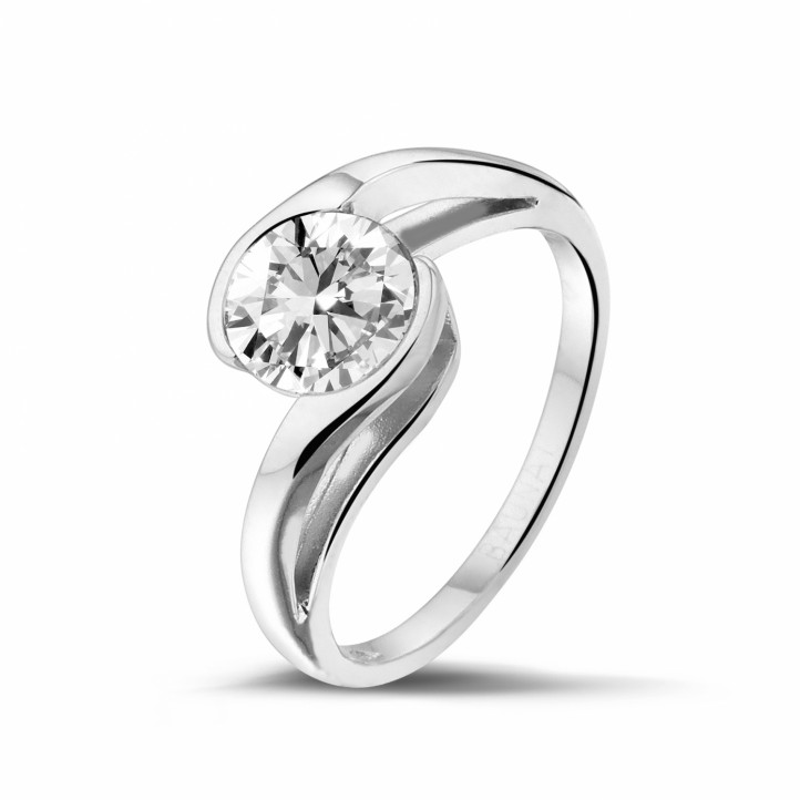 1.25 carats bague solitaire diamant en or blanc