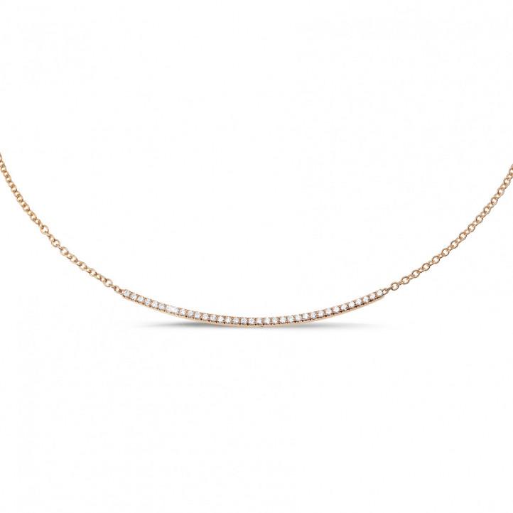 0.30 carat collier fin en or rouge et diamants