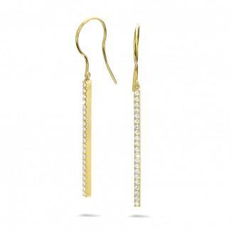 0.35 carat boucles d'oreilles bâton avec diamant en or jaune