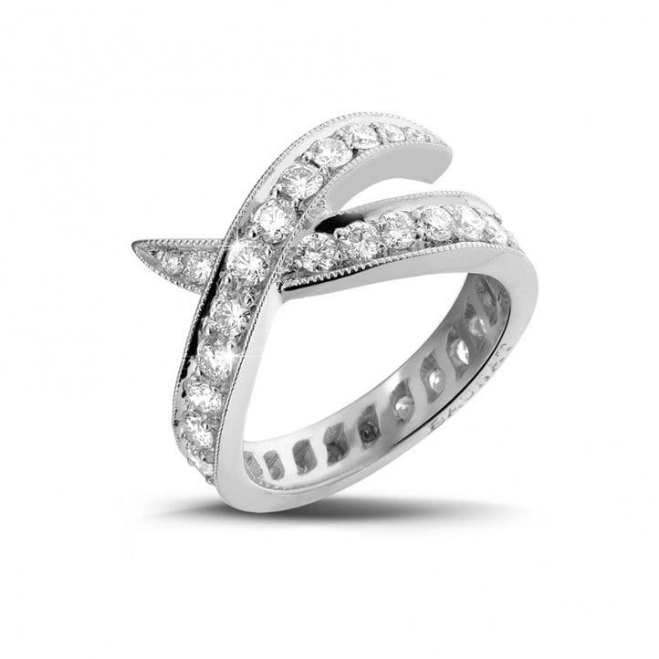 1.40 carat bague design en platine et diamants