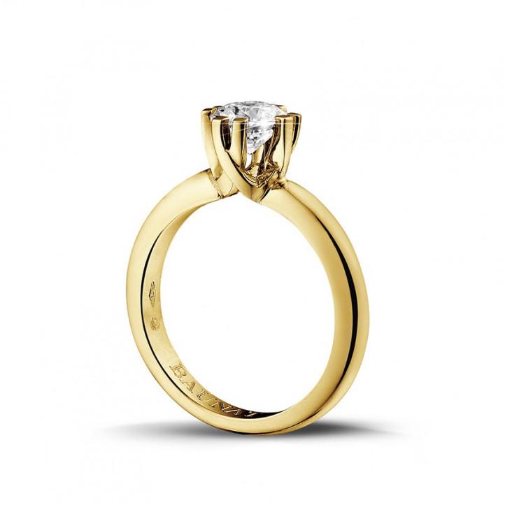 0.90 carat bague design solitaire en or jaune avec huit griffes
