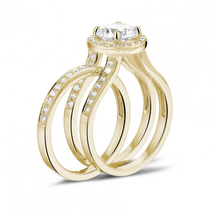 1.50 carats bague solitaire diamant en or jaune avec des diamants sur les côtés